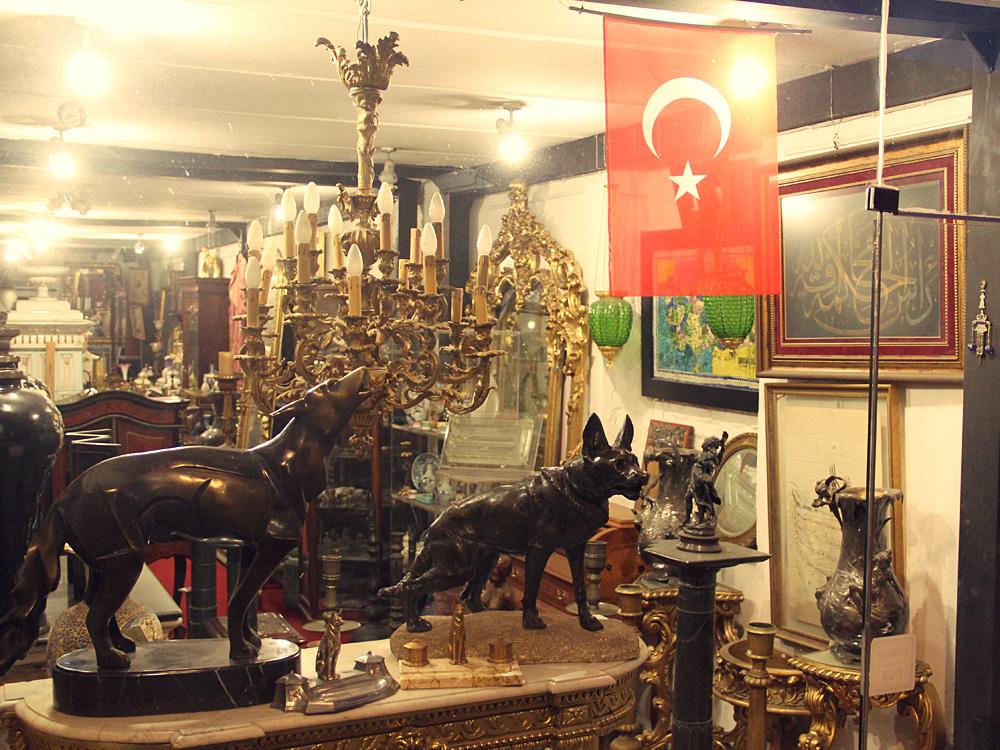 Antiquariat, Cihangir, İstanbul, 2014