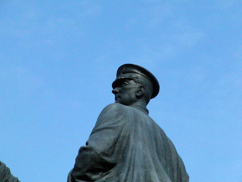 Atatürk-Statue vor dem Ethnographischen Museum Ankara