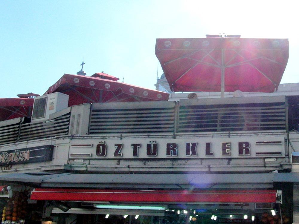 Öztürkler, die reinen Türken, İstanbul, Taksim, 2014