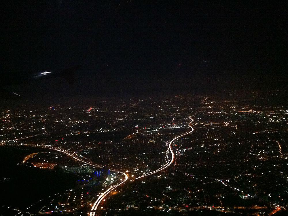 Keine Satellitenaufnahme, İstanbul aus dem Flugzeug, 2013