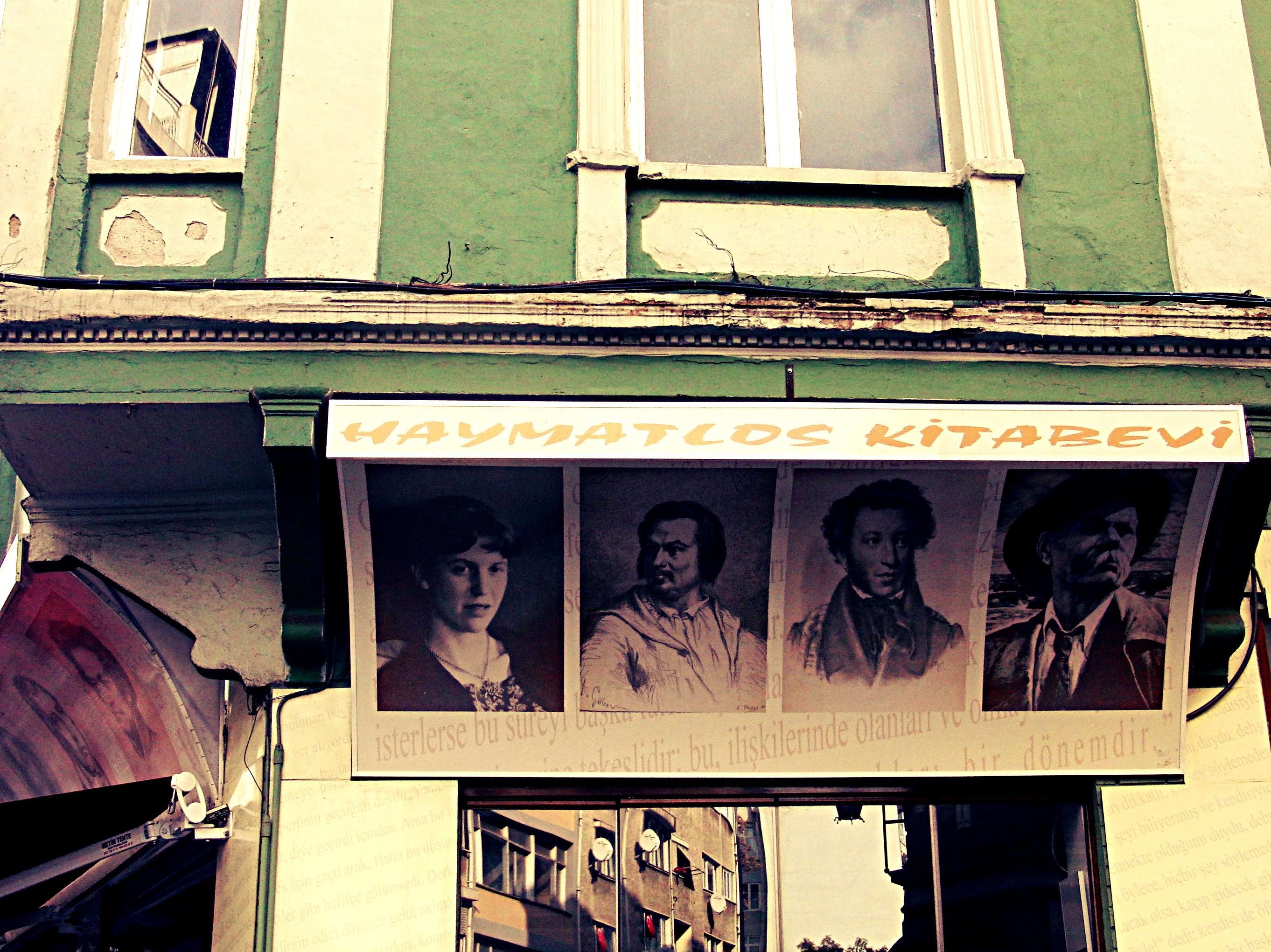Haymatlos Kitabevi, Buchandlung Haymatlos, İstanbul-Kadıköy, 2013