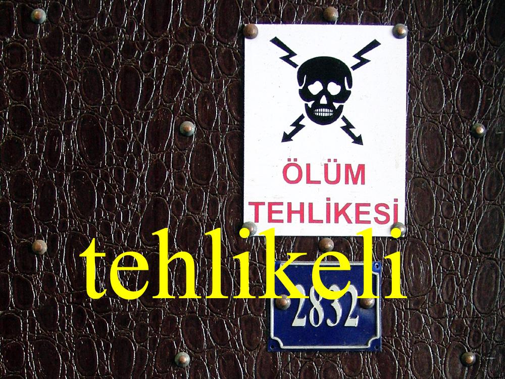 Foto: Schild an der Galatabrücke, Istanbul