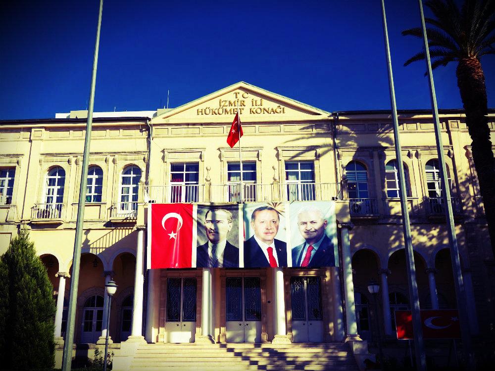 Atatürk, Erdoğan, Yıldırım, Izmir 2017