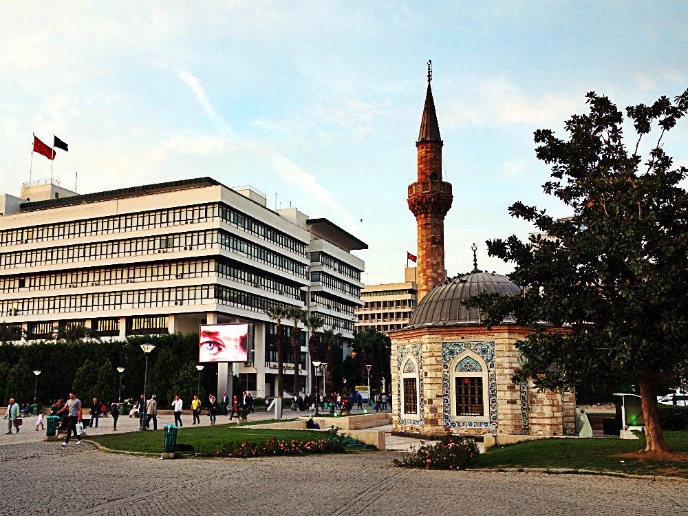 Atatürks wachsames Auge, Izmir 2017