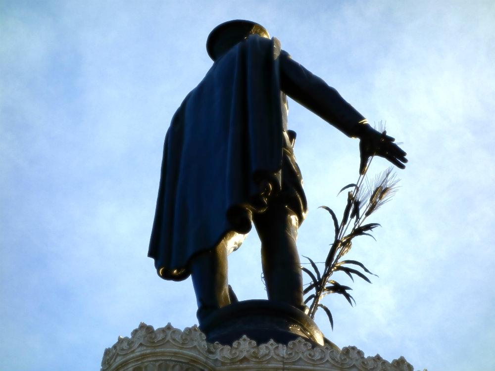 Konya Atatürk Anıtı / Konya-Atatürk-Denkmal. 2017