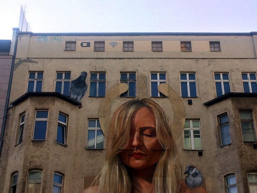 Taube und Spatz, Berlin